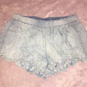 NWOT Flowy denim cotton embroidered shorts